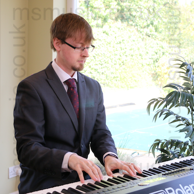 Jazz pianist - Ben in Kent